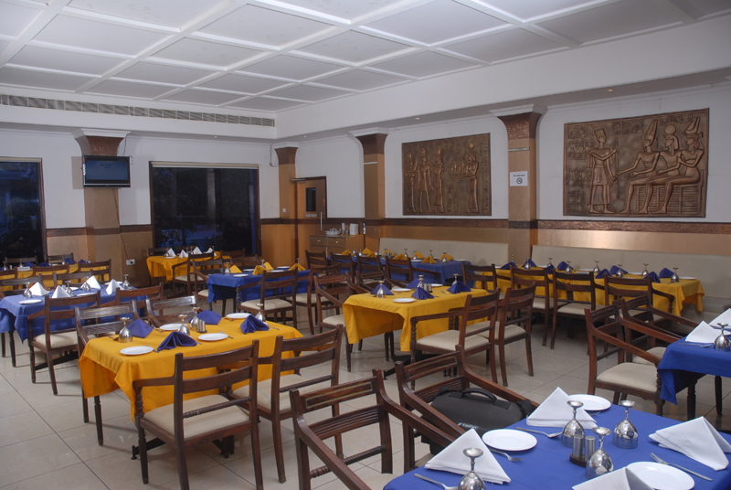Grand World Hotel Tirupati Restaurant